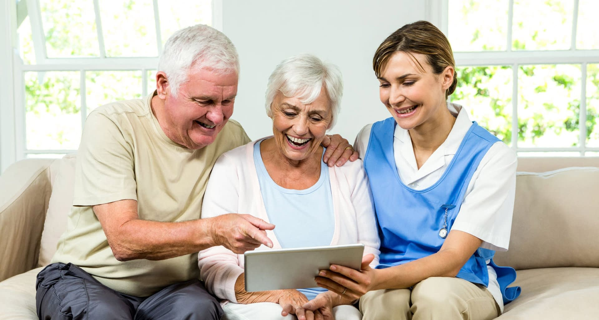 Read more about the article Why Companion Care Providers Is Preferred Over Other Form of Senior Living