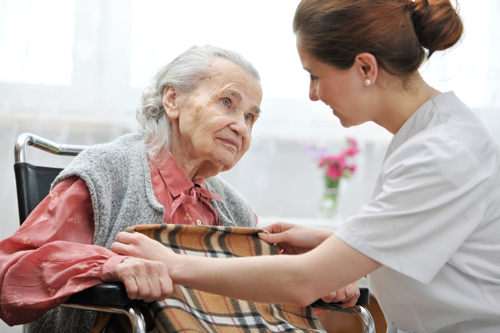 Read more about the article Compassionate In-Home Care: A Focus On Finding The Right People To Assist Your Elderly Loved One